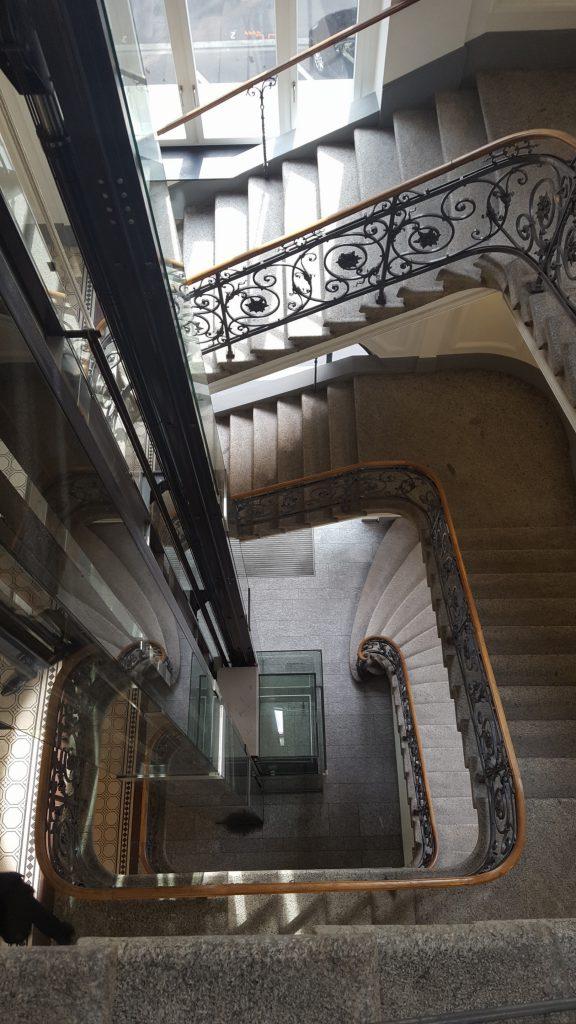 Treppenhaus zu SwissQ