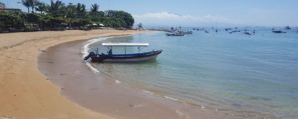 Boot am Pantai Semawang
